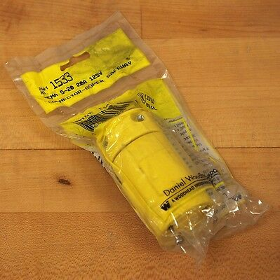 27W09 20 a 120//208 volt plug Waterford connector female Daniel Woodhead