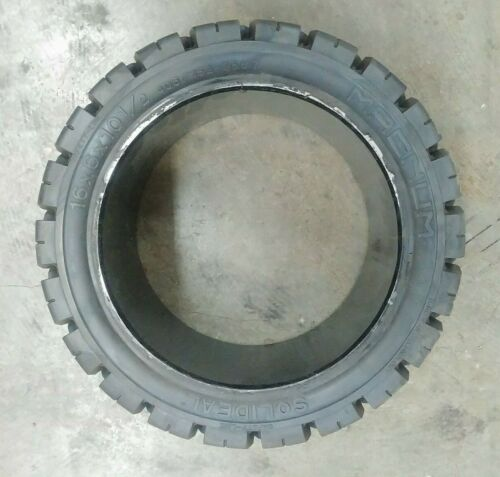 Solideal 16x6x10-1/2 Press On Traction Tread Forklift Flat Proof Tire 16x6-10.5
