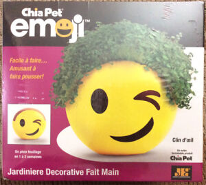 Chia Pet Winky Emoji Handmade Decorative Planter -BRAND NEW