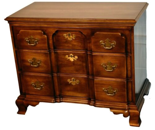 Vintage Statton Solid Cherry Block Front Traditional Style Bachelors Chest