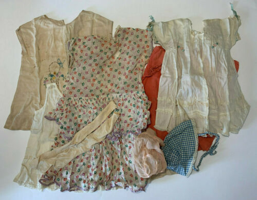 Lot of 1920s - 1930s Toddler Young Child Clothes Dresses Bonnet Socks Vintage
