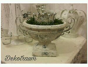 Großer Pokal Blumentopf Amphore Shabby Landhaus weiß creme