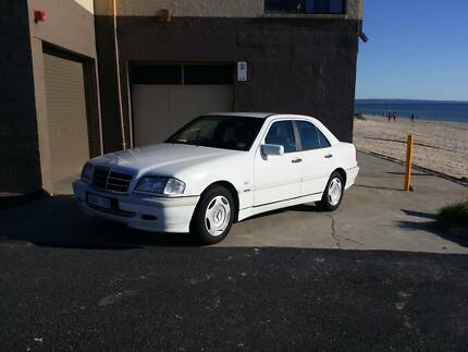 Mercedes-Benz C200 Classic 1998 Chelsea Kingston Area Preview
