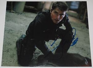 TOM-CRUISE-SIGNED-8X10-PHOTO-AUTOGRAPH-MISSION-IMPOSSIBLE-COCKTAIL-TOP-GUN-COA-B