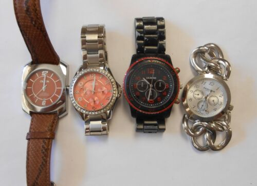 4 Quartz Wrist Watches 3 Mens 1 Women Akribos Croton Fossil Unlisted All Working