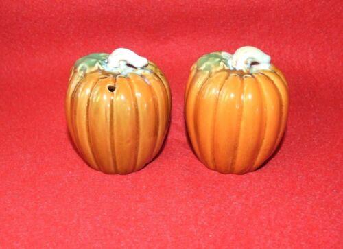 Thanksgiving / Autumn Pumpkin Salt and Pepper Shaker Set - NWOT