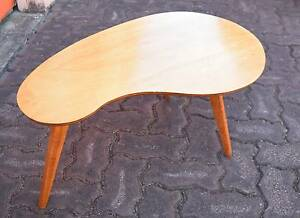 RETRO VINTAGE SIDE TABLE FRENCH POLISHED Cronulla Sutherland Area Preview