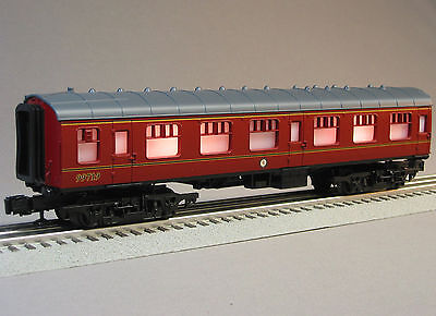 LIONEL HARRY POTTER HOGWARTS COACH 6-11020 train car passenger O GAUGE 6-99719 on Rummage