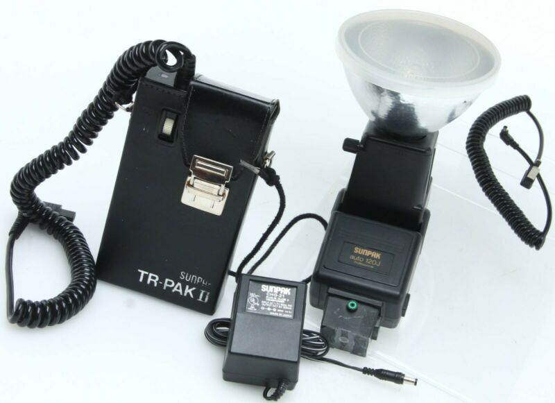 Sunpak Auto 120J bare bulb flash w/Tri-Pak II[weak batt]- bulb tested  390348