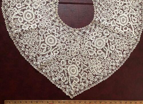 19th C. cape of English Honiton bobbin lace - COSTUME COLLECT