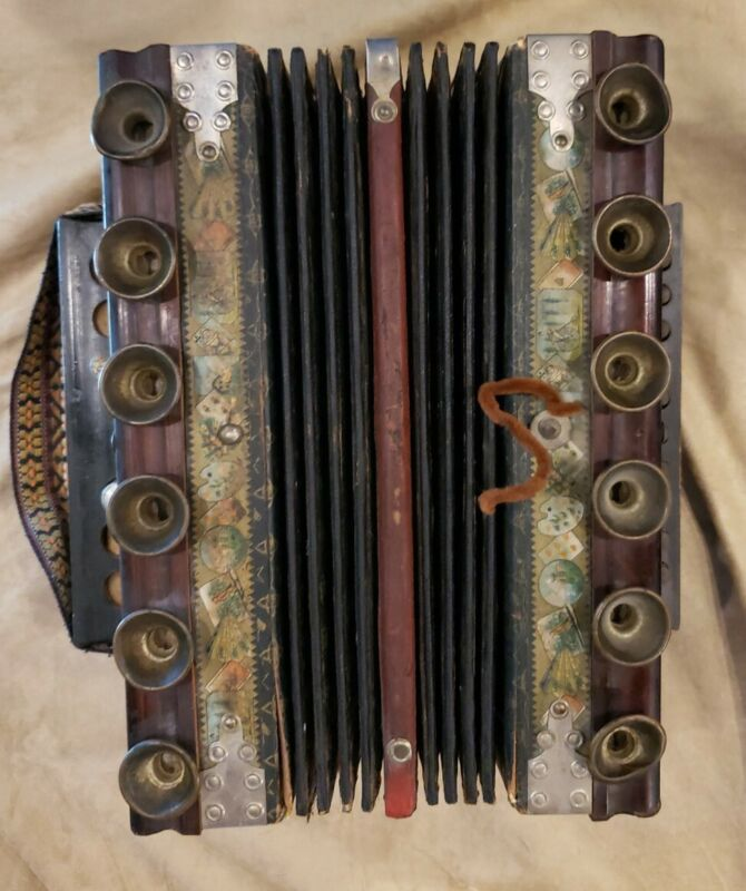 OLD ANTIQUE Vintage Accordion squeeze box Made of WOOD AND BRASS Unbranded