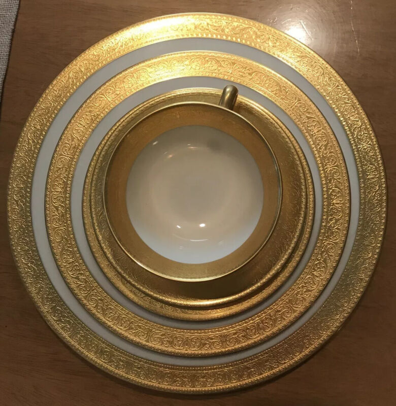 Beautiful Lenox Westchester Presidential 24kt Gold China 1 ~ 5 Piece Set Mint