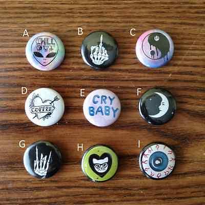 "1"" Grunge Tumblr Pins Buttons (Yin Yang Alien Middle Finger Eyeball etc.) Lot"