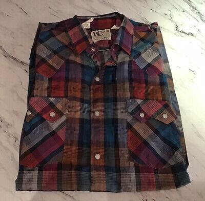 1970s Mens Shirt Styles – Vintage 70s Shirts for Guys Vintage Western Shirt Mens Size Large? Snap Buttons 1970's $39.99 AT vintagedancer.com