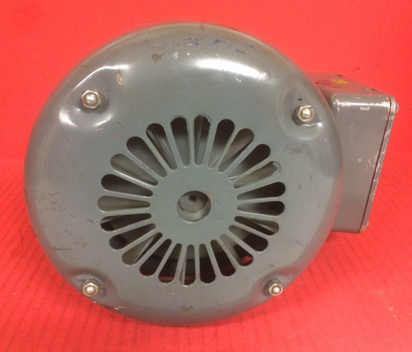 2 of 6 Hawker Siddeley Electric Motor Nr. T386996 - 1/2HP, 1720 RPM, 575V 3 of 6 Hawker Siddeley Electric Motor ...