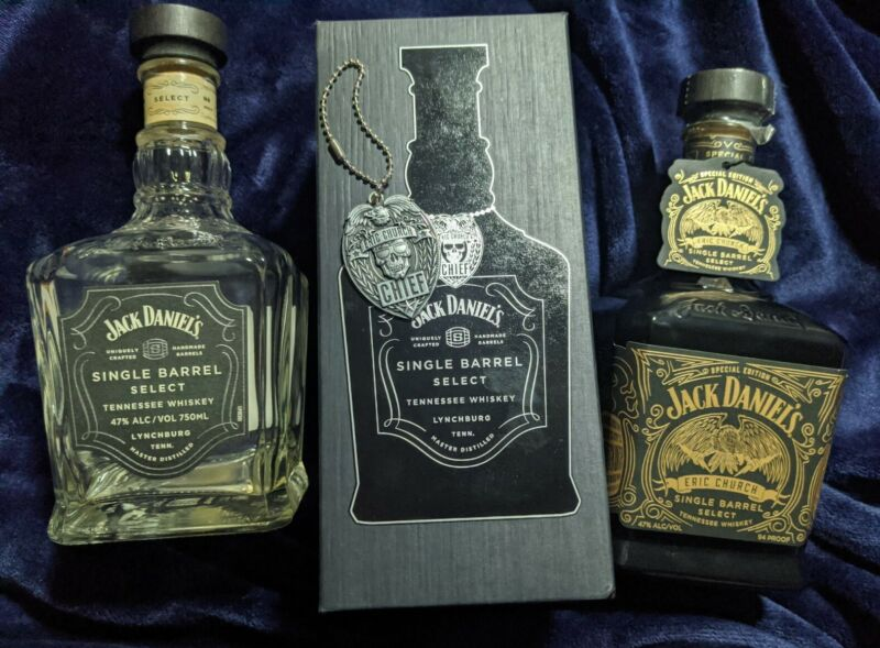 2 Jack Daniels  ERIC CHURCH Limited Edition Box Bottle and Medallion Empty