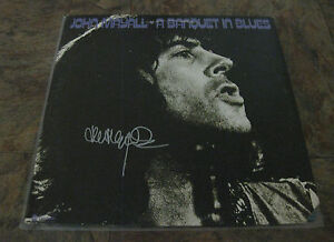 JOHN-MAYALL-Signed-Banquet-in-Blues-VINYL-ALBUM-LP-PROOF