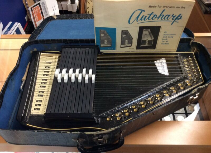 Vintage Oscar Schmidt Autoharp in Case with Instructions 1964