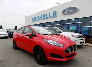 Ford Fiesta Berline SE 2014 8 pneus bancs chauffants