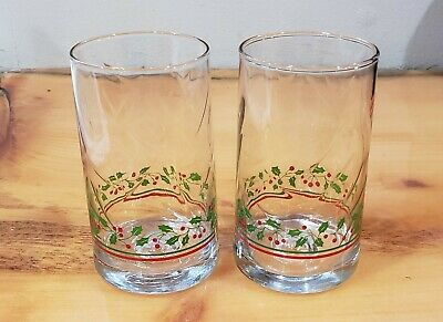 Holly Berry Christmas Holiday Drinking Glasses Vintage. Set of 2