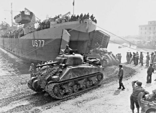 WW 2-ANZIO ITALY-Operation Shingle-5th Army Landing-LST 77-M 4 Sherman Tank-1944