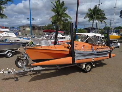 Haines Hunter Tramp Tri Sailer
