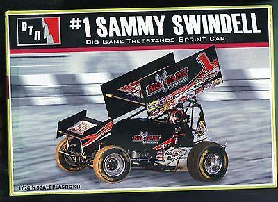 Sammy Swindell Big Game Treestands #1 sprintcar model kit