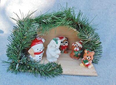 Nativity Scene Set Wood Manger Animal Characters Rabbit Bear Dog Raccoon Snowman