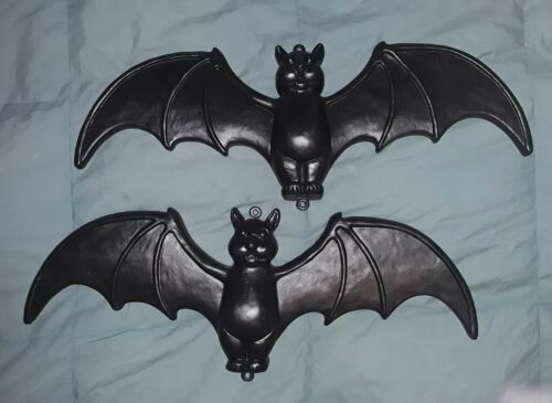 2 1996 Union Products, Blow Mold Hanging Bats, Featherstone, 22""