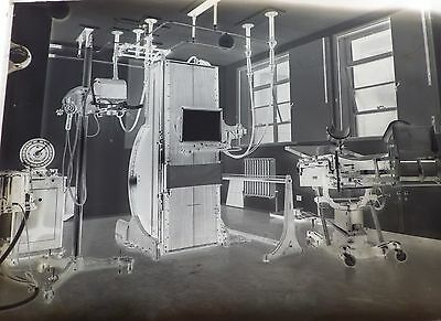 PHOTOGRAPHIC GLASS PLATE NEGATIVES x2, MEDICAL EQUIPMENT