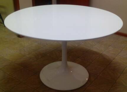 ORIGINAL S SAARINEN Tulip Base Dining Table By Arkana - Original saarinen tulip table