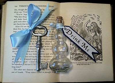 Alice In Wonderland Drink Me Bottle with Antiqued Key Costume Cosplay Steampunk - Steampunk Alice In Wonderland Costume