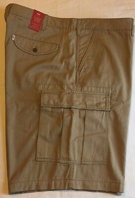 LEVI'S Big & Tall Carrier Cargo Shorts - Men's Waist - 48 (Tan Khaki) NWT $60