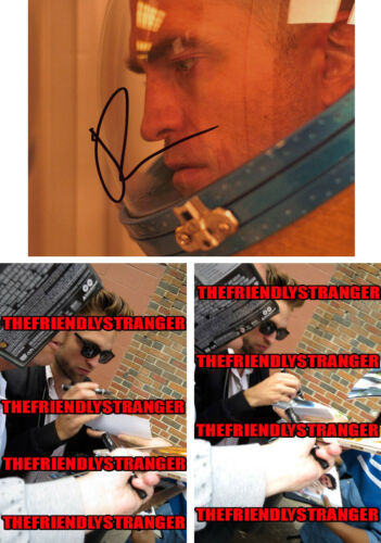 ROBERT PATTINSON signed Autographed 8X10 PHOTO - PROOF - Hot SEXY The Batman COA
