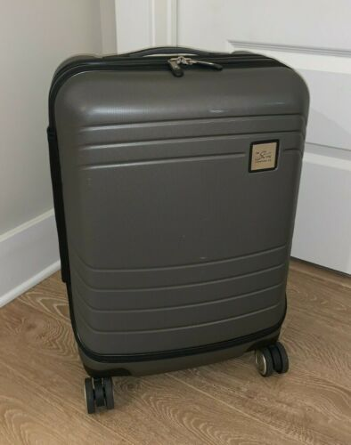 Skyway Cascadia Hardside Spinner Carry-on Expandable Luggage
