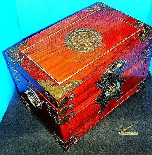 Vintage HUGE Oriental Japanese Chinese ROSEWOOD JEWELRY BOX LOCK & Key