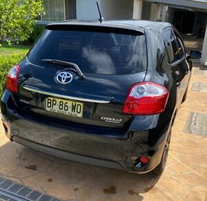 SELLING TOYOTA ASCENT 2011