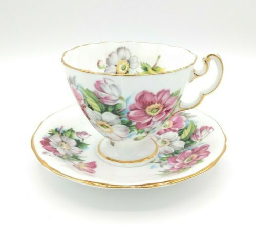 Adderley 4660 Fine Bone China Tea Cup & Saucer Pink Wild Rose Gold Rim England
