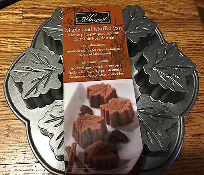 NORDIC WARE HARVEST USA Six Compartment MAPLE LEAF Muffin Cake Pan NEW