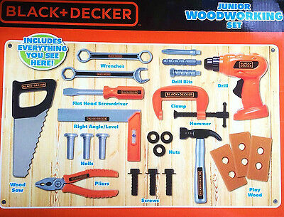 BLACK & DECKER Junior WOODWORKING TOOL SET Drill 24 Pc Child