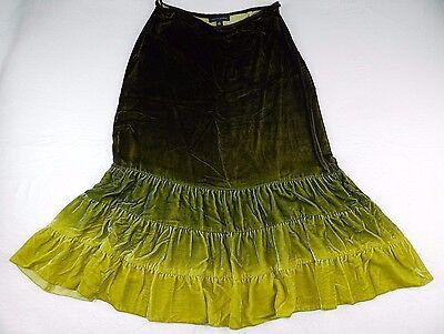 R34 Skirt (WOMENS ombre green full velvet SKIRT = BANANA REPUBLIC = SIZE 4 = #R34 )