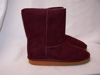 (Faded Glory GIRLS Shearling Lug Sole Boot -Exclusive Size 5 NEW Burgundy Wine)
