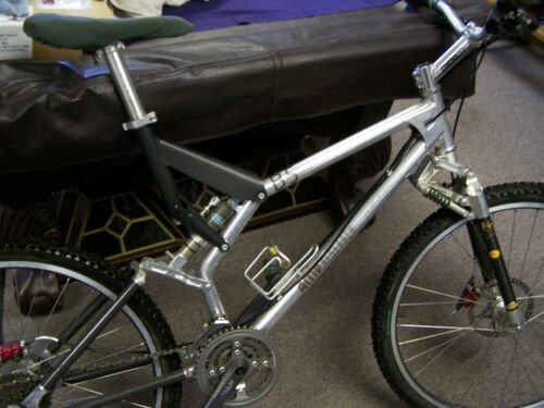 AMP Research B5 Mountain Bike, All the goodies, Been Stored since 2000 - Vintage