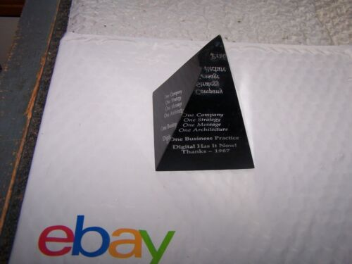 digital equipment corporation Digital Thanks - 1987 Pyramid Paperweight