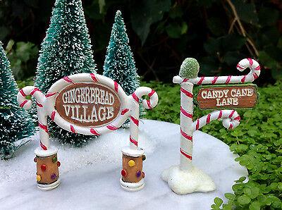 Miniature FAIRY GARDEN Mini Village ~ Gingerbread Lane CHRISTMAS Set of 2 Signs