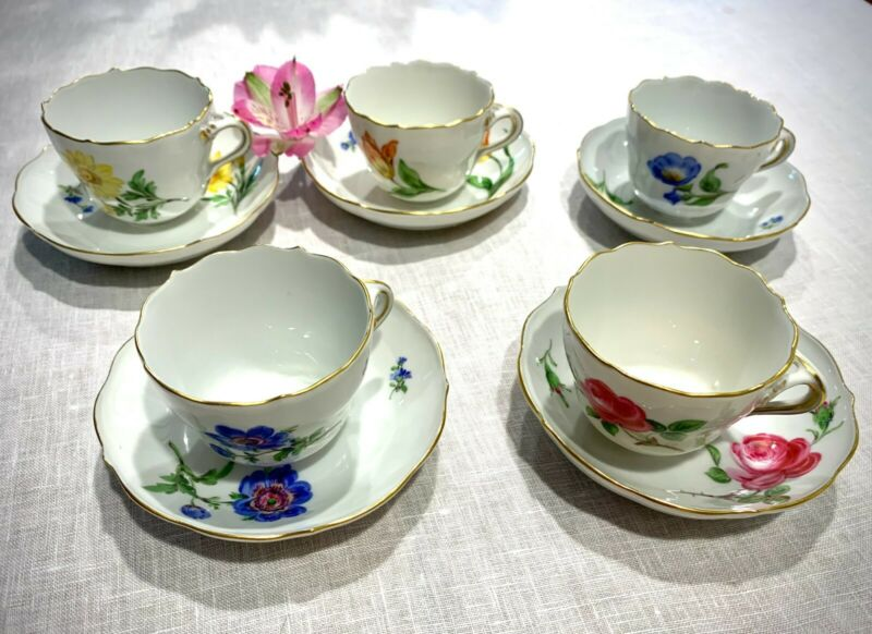 Antique German Meissen Crossed Swords Hand Painted 5 Demitasse Cups and Saucers