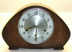 A VINTAGE SMITHS WESTMINSTER CHIMES MANTEL CLOCK - WORKING ORDER - WITH KEY