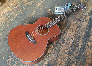 crafter small body travel lite cast a mh br acoustic guitar with free case ebay. Black Bedroom Furniture Sets. Home Design Ideas