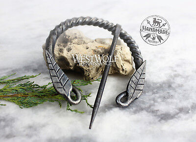 Hand-Forged Twisted Steel Pennanular Leaf Brooch --- Nature/Viking/Celtic/Roman - Roman Leaves