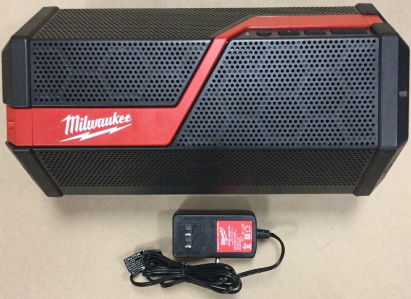 Milwaukee 2891-20 Wireless Jobsite Speaker with AC/DC Adapter